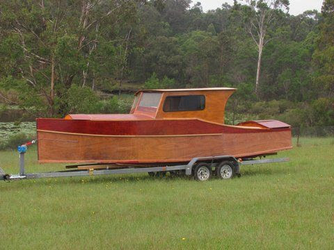 Plywood Boat Build in plywood 10hp high