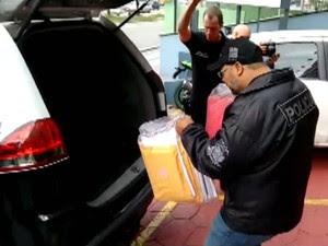 Polícia cumpriu mandados de busca na região de Sorocaba (Foto: Reprodução / TV Tem)