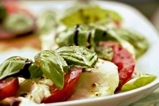 Mediterranean Diet May Lower Your Blood Pressure | Olive Tomato