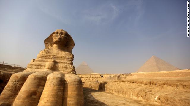 Morgan Al-Gohary disse neste fim de semana que se ele estivesse no poder, ele não hesitaria em destruir a Esfinge e as pirâmides se eles eram vistos como ídolos.