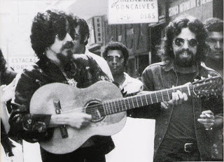 Raul Seixas e Paulo Coelho fundaram a Sociedade Alternativa e uma bem-sucedida parceira musical.