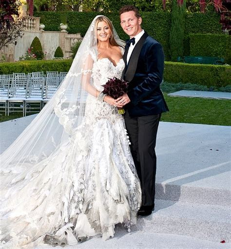 Holly Valance wedding pictures: Actress weds billionaire