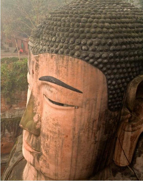 1021 twists make up the hair of the Buddha