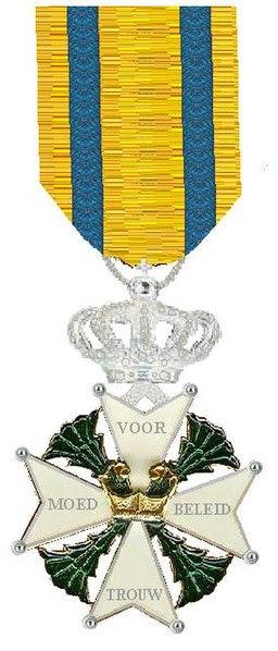 File:Ridder in de Militaire Willems-Orde.jpg