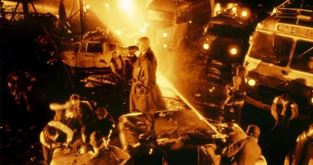 Tozlu Raflar - Forbrydelsens Element - FilmLoverss
