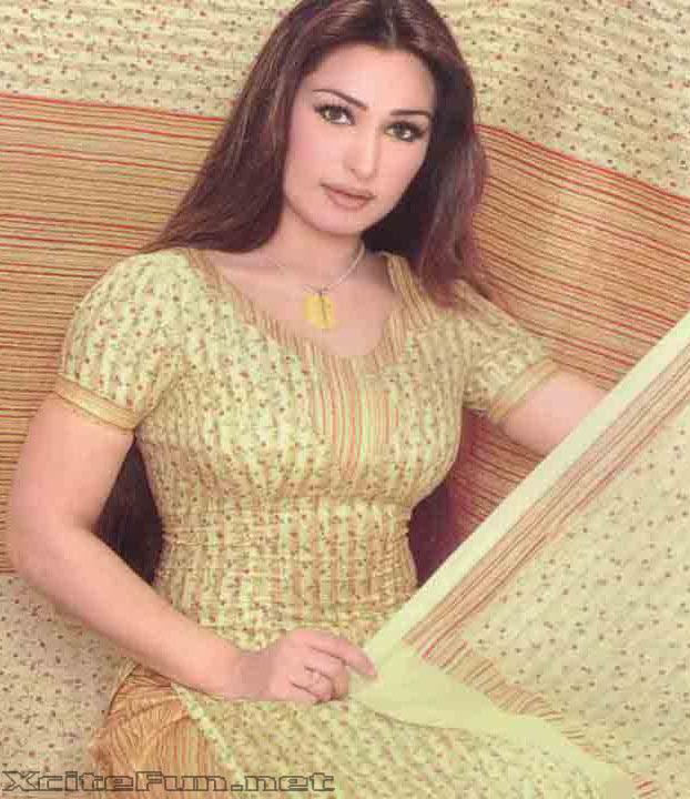 Reema khan hot pics