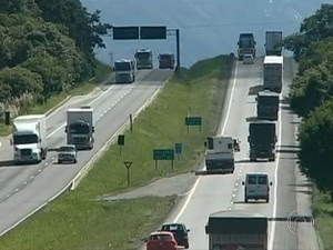 Segundo a polícia, diminuiram os roubos e furtos de carga (Foto: Reprodução/ RPC TV)