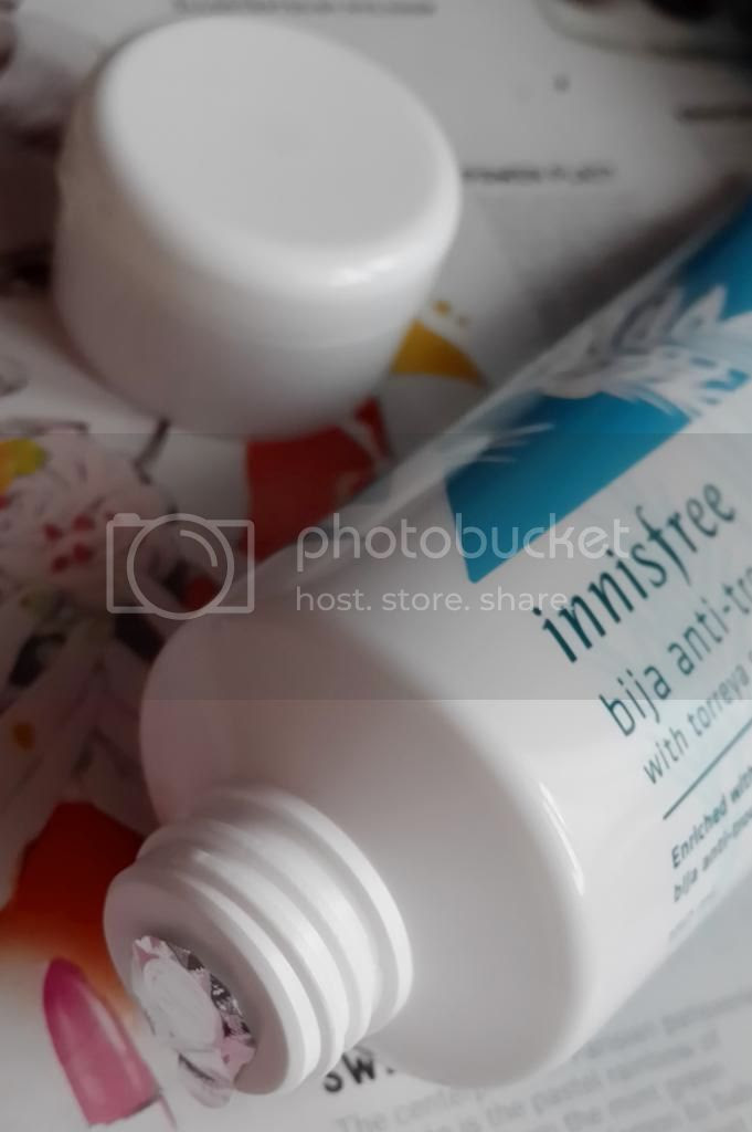 Innisfree Bija Anti-Trouble Facial Foam