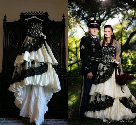 Discount Vintage White And Black Wedding Dresses Gothic