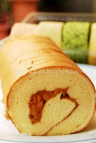 Fresh Chempedak (Artocarpus Integer) swiss rolls