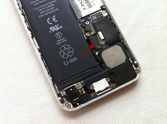 iPhone 5 disassembly stage 23