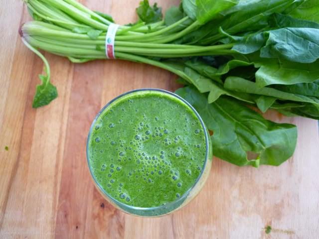 verduras de hojas verdes para el crecimiento del cabello