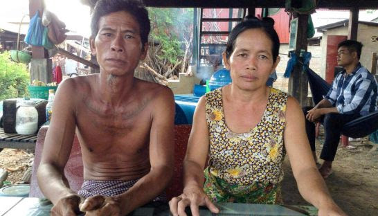 A Banteay Meanchey couple have accused police of trying to extort them after they sold a Buddha statue head to a Thai man. Photo supplied