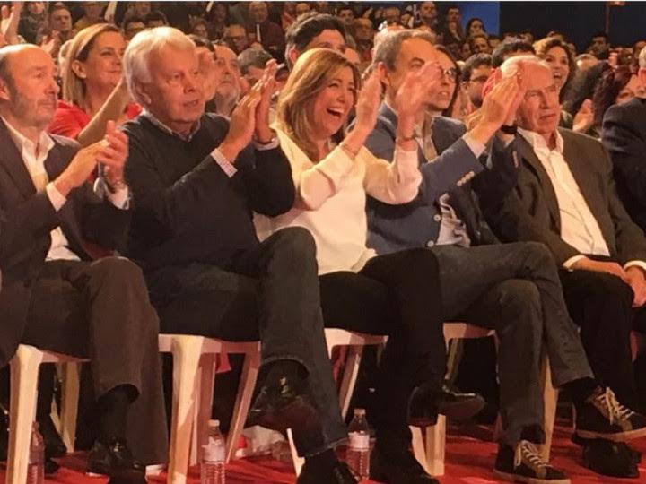 <p>Susana Díaz flanqueada por Rubalcaba, González, Zapatero y Guerra, durante la presentación de su candidatura el pasado 26 de marzo.</p>
