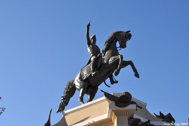 Monumento al General San Martín III
