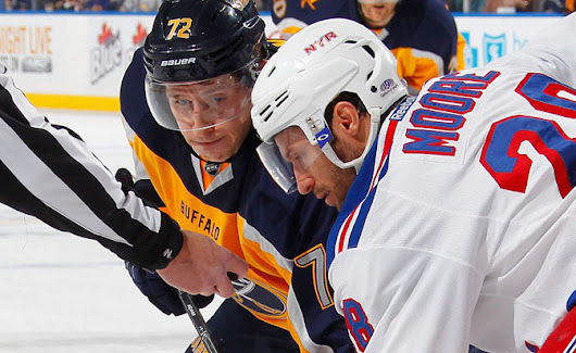 Skapski wins debut for Rangers against Sabres
