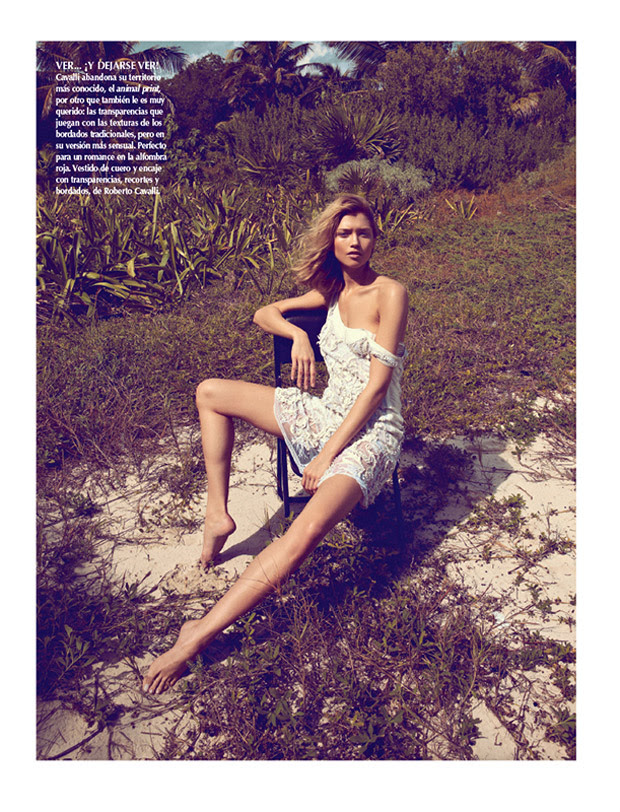 SarahGoreReevesVogueMexico4 Hana Jirickova Gets Tropical for Vogue Latin Americas 2013 April Cover Shoot