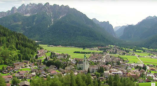 Transfer Innsbruck Dobbiaco: take the true Tyrolean taxi to the Dolomites