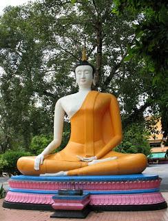 Buddha image at Manik Temple