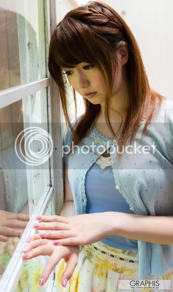 Oriental girl: Yui Nishikawa  Oriental girl: ...
