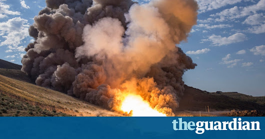 Nasa ignites huge Mars rocket with fiery test in Utah desert | Science | The Guardian