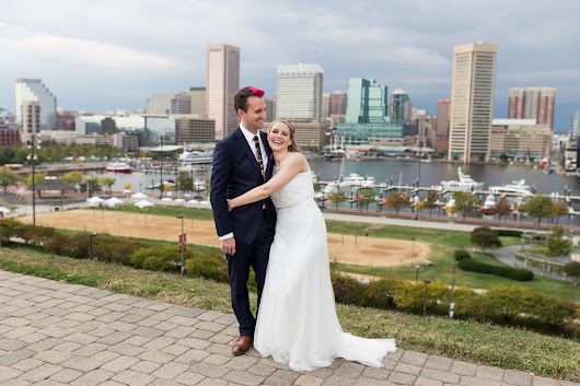 Laura & Seamus's Federal Hill and American Visionary Museum Baltimore MD Wedding - Kevin Quinlan Photography