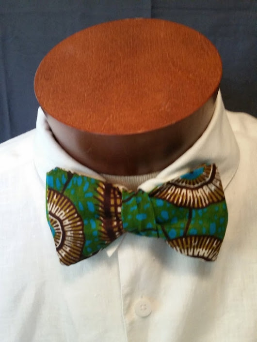African Fabric Men's Bow Tie by locsandstitches on Etsy