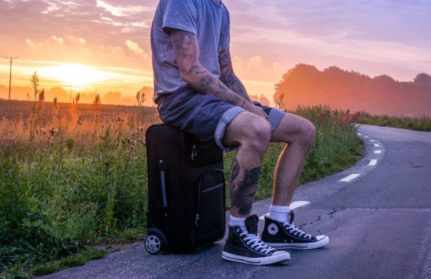 Traveling to a hotter place? Here is how you should pack your bags