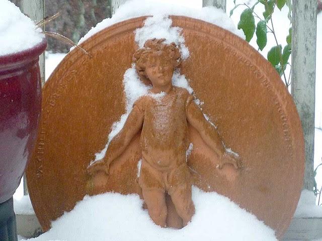 P1060113-2011-01-10-Snow-Atlanta-Cold-Medallion