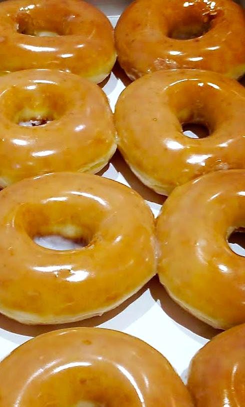 Copycat Krispy Kreme Donuts by My CookingSpot
