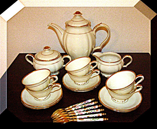 Mocha Set vintage Hutschenreuther Porcelain Germany Baroque Ecru Gold 21pc