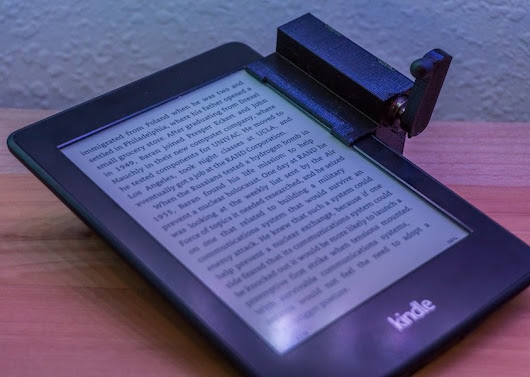 Turn the pages on your Kindle remotely with Arduino