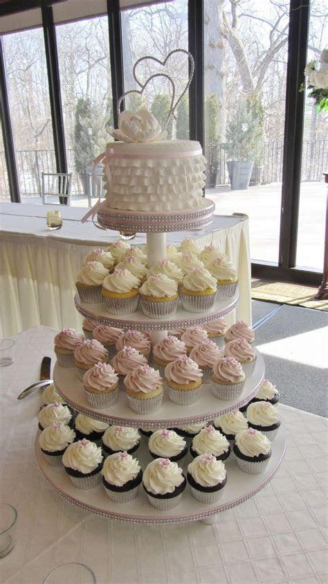 Best 25  Cupcake towers ideas on Pinterest