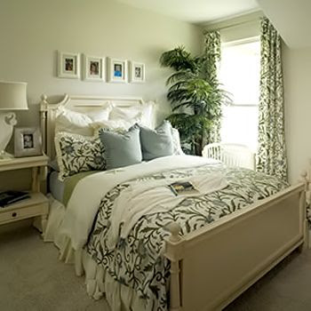 Manage the Small Room with the Perfect Bedroom  Decor