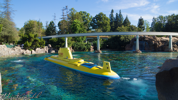 Disneyland Resort, Disneyland, Finding Nemo Submarine Voyage