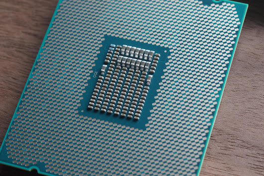 Intel responds to the CPU kernel bug, downplaying its impact on home users