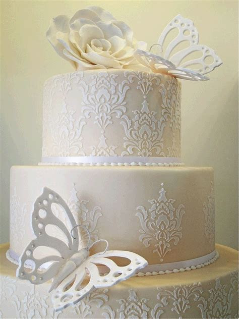 Damask stencil on cake   Aimees Wedding Cake   Pinterest