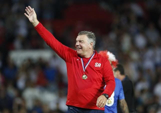 Britain Football Soccer - England XI v Rest of the World XI - Soccer Aid 2016 - Old Trafford - 5/6/16England XI's manager Sam Allardyce celebrates winning the matchAction Images via Reuters / Ed SykesLivepic