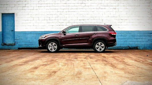 2017 Toyota Highlander Hybrid Review: The 3rd Inning Stretch - 95 Octane