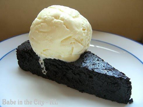 Mocha Chocloate Cake