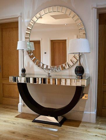 Modern Venetian and mirrored furniture