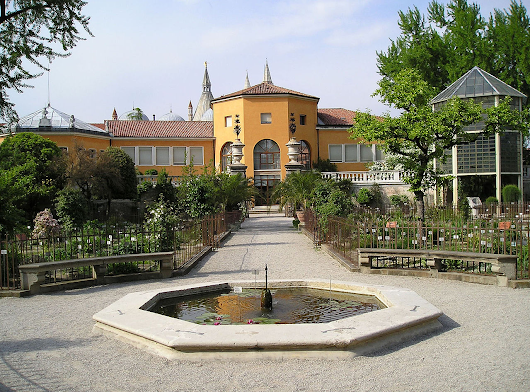 The Botanical Garden of Padua: a piece of world ecosystem in Italy | Learn Italian Daily