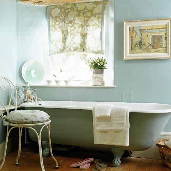 French country bathroom | Bathroom idea | Freestanding ...