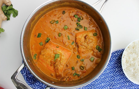 Easy Coconut-Salmon Curry Recipe