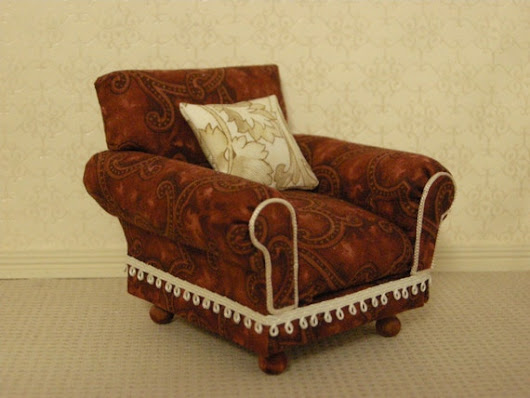 Armchair with pillow 1:12 scale.  Handmade also di PiperytaPatty
