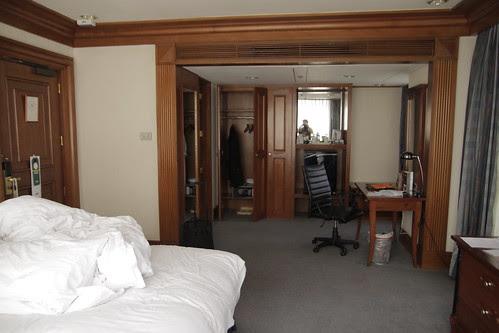 My room in Holiday Inn Manila