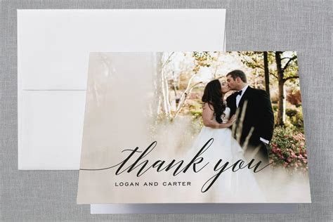 WEDDING GUIDE: How to Word Wedding Thank You Cards