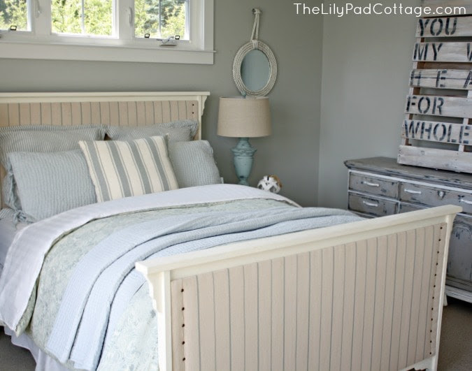 How to upholster a bed - www.thelilypadcottage.com