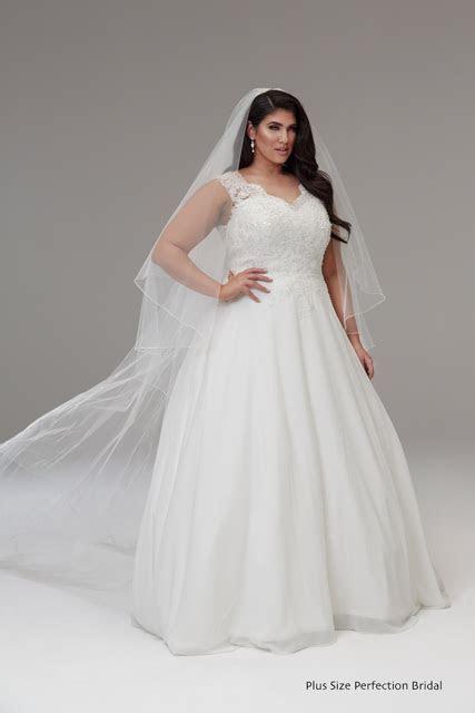 Lace wedding dresses Melbourne Isabella   Plus size