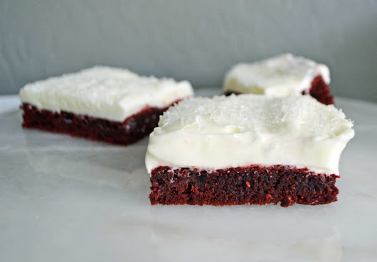 Red Velvet Sugar Cookie Bars – Modern Honey